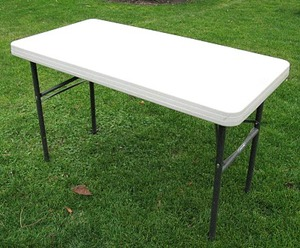 Plastic Folding Tables 2x4 rental Austin, TX