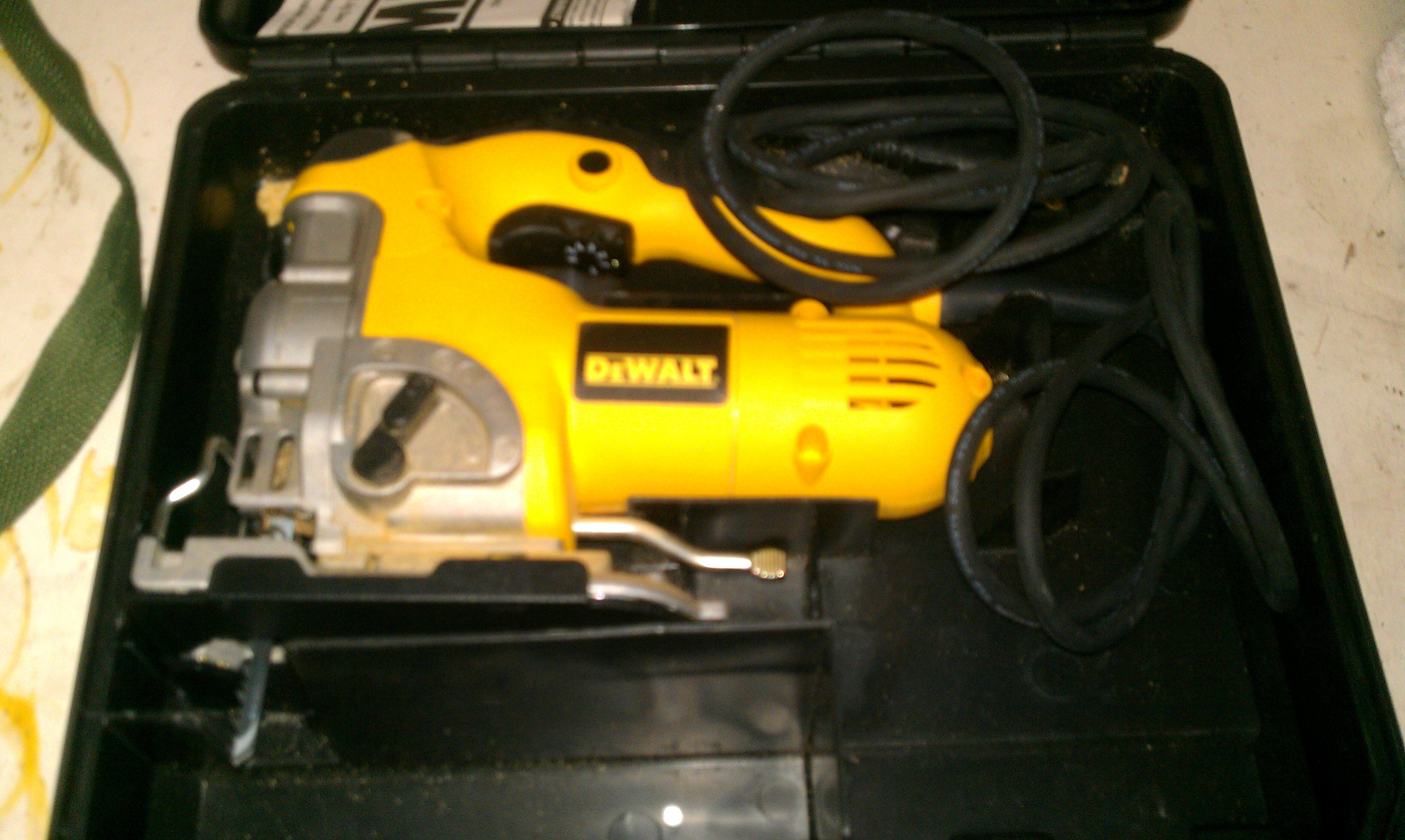 Loanablesdewalt jigsaw like new located in austin tx dewalt jigsaw like new rental austin tx greentooth Choice Image