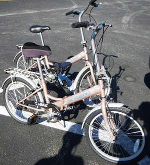 Schwinn Hinge Folding Bicycle rental Tampa-St Petersburg (Sarasota), FL