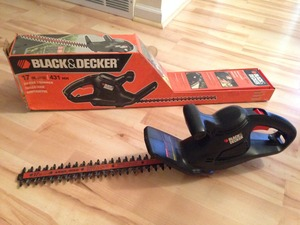 Hedge Trimmer (17 in.) rental Denver, CO