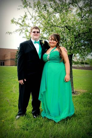 Loanables:Prom Dress Plus Size located in Marion, OH