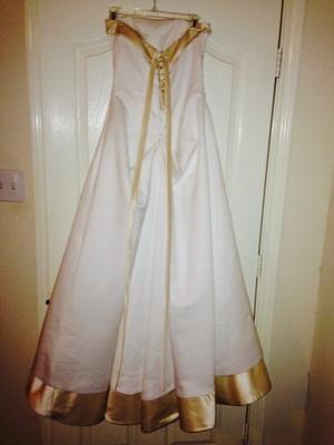 Size 8 Strapless Wedding Dress & Petticoat  rental Houston, TX