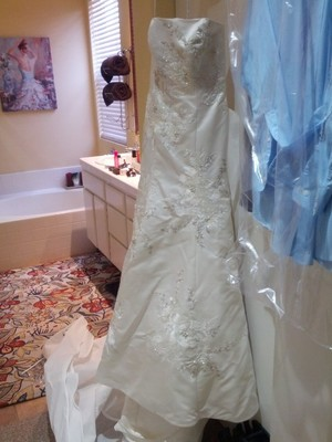 Strapless Oleg Cassini rental Los Angeles, CA
