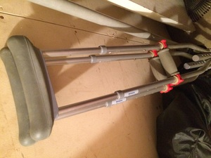 Crutches (adult) rental Dallas-Ft. Worth, TX