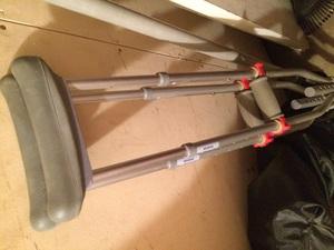 Crutches (adult) rental Dallas-Ft. Worth, TX