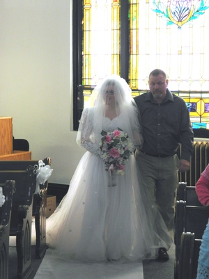 Wedding Dress/Veil rental Erie, PA