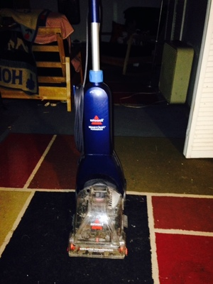 Bissell Carpet Shampooer/Rug Cleaner rental Philadelphia, PA