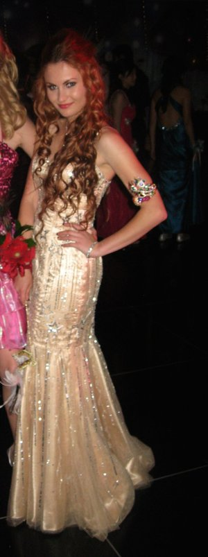 Elegant Gold Mermaid Prom Dress rental San Diego, CA