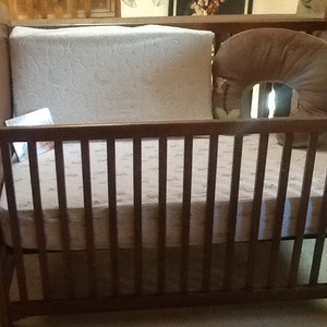 Baby Crib rental Los Angeles, CA