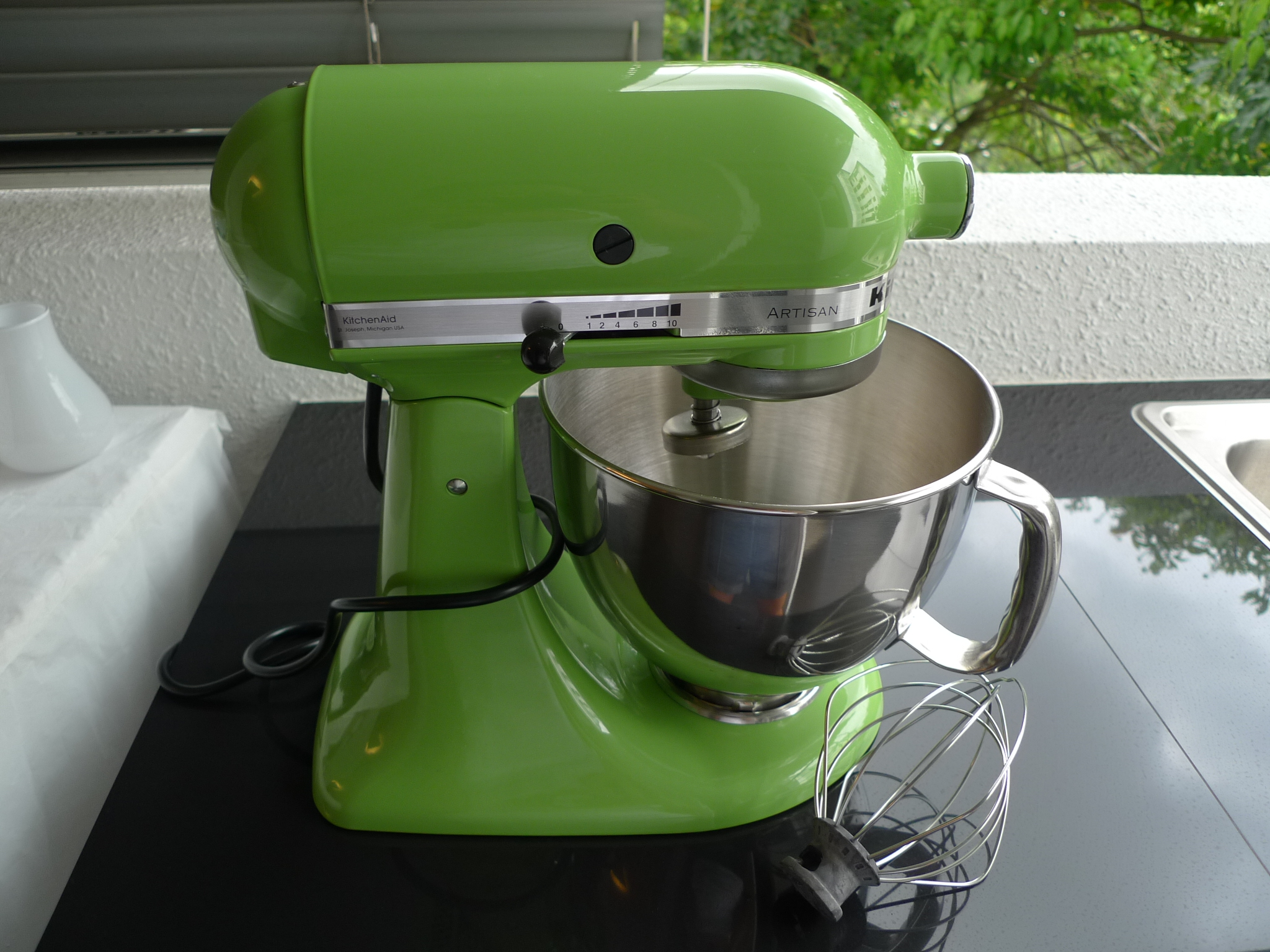 Kitchen Aid Mixer with attachments