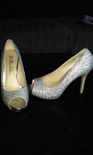De Blossom Collection Heels rental Los Angeles, CA