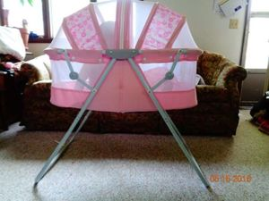 Dream on Me Zipper Canopy Bassinett rental Omaha, NE