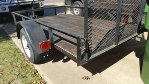 5x10 large cargo / moving trailer with 4 foot ramp rental Austin, TX