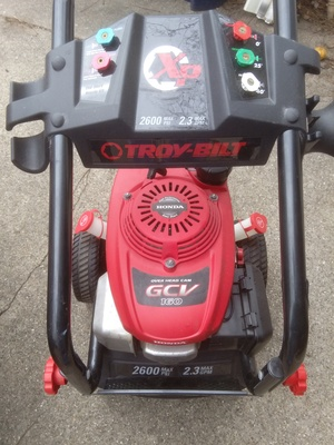 2,600 psi gas powered pressure washer   rental Grand Rapids-Kalamazoo, MI
