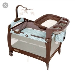 Graco Pack 'n Play Play Yard Bassinet rental Austin, TX