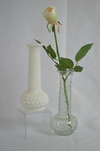 Hobnail Vase rental Austin, TX