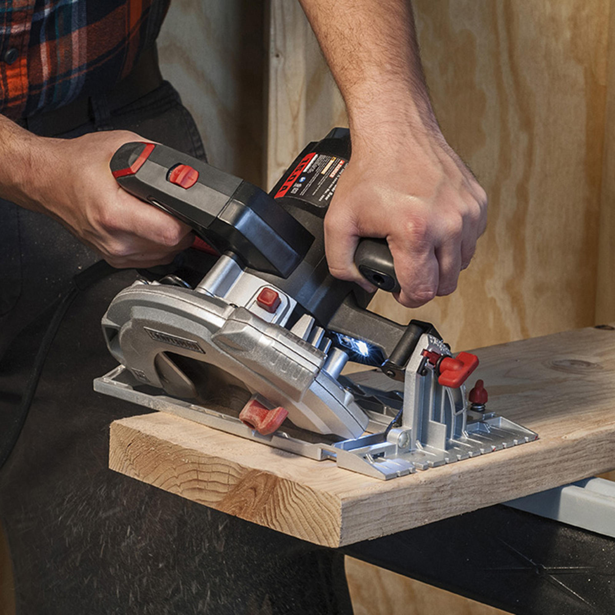 Loanables:Framing Hand Skill Saw located in Austin, TX