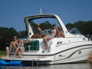 30' Boat Express Cruiser  rental Dallas-Ft. Worth, TX