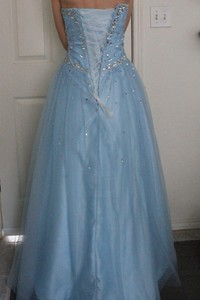 Blue prom dress rental Austin, TX