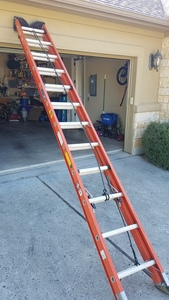 Heavy Duty 24' Extension Ladder rental Austin, TX