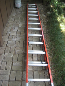 24 ft Fiberglass Extension Ladder rental Austin, TX
