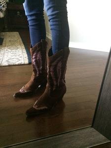 Women's Cowboy Boots rental Austin, TX