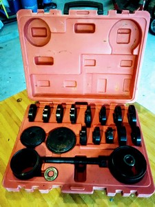 Auto Hub Bearing Replacer Kit rental Houston, TX