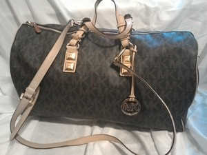 Michael Kors Travel Bag rental Houston, TX