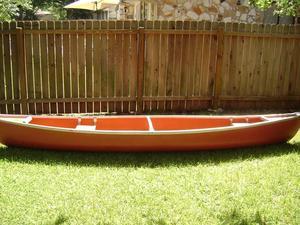 15-foot Coleman Fiberglass Canoe rental Austin, TX
