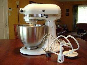 Stand Mixer, KitchenAid rental Austin, TX