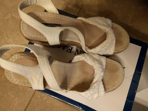 white wedges rental Green Bay-Appleton, WI