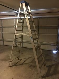 8' Ladder rental Lafayette, LA