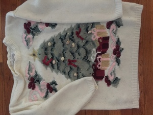 Vintage Christmas Sweater rental Los Angeles, CA