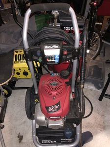 Home light 2700 PSI Pressure Washer rental Orlando-Daytona Beach, FL