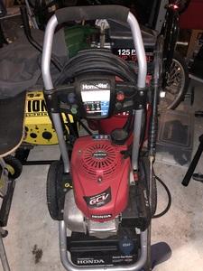 Home light 2700 PSI Pressure Washer rental Orlando-Daytona Beach, FL