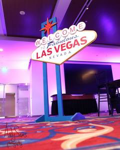 9ft Tall Las Vegas Sign Prop Casino Theme rental Austin, TX