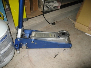 Light Weight 1.5Ton floor jack rental Austin, TX