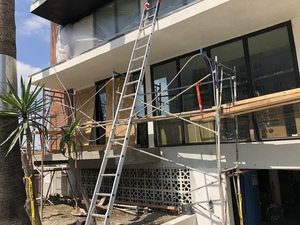 24' and 16' ladders aluminum rental Los Angeles, CA