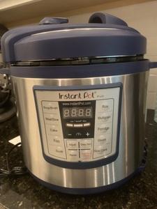 Instant Pot Pressure Cooker rental Jacksonville, FL