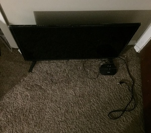 Element 30 Inch Tv. rental Lexington, KY