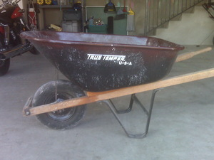 8 cu. Ft Wheelbarrow rental Austin, TX