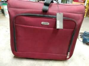 Kenneth Cole Reaction Luggage rental Huntsville-Decatur (Florence), AL