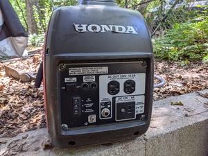 Honda EU2000i Generator rental Austin, TX