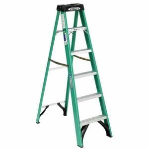 6' Werner fiberglass ladder rental Chicago, IL
