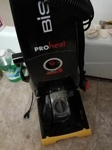 BISSEL PROHEAT CARPET CLEANER rental Milwaukee, WI