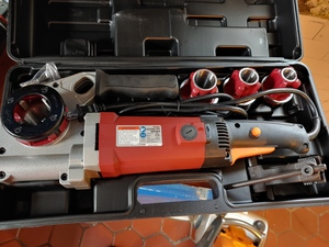 Portable Pipe Threader rental Cleveland-Akron (Canton), OH