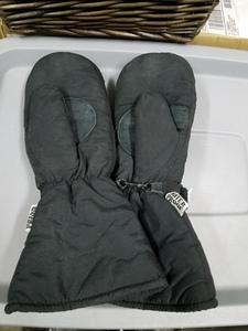 Snow mitts or gloves  rental Salt Lake City, UT