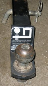 "Standard 2"" 6000lb receiver hitch rental Austin, TX"