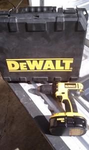 Dewalt 18v Cordless Drill w/Battery rental Austin, TX
