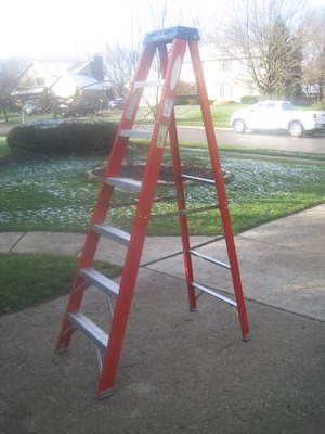 Werner 8' step ladder rental Dayton, OH